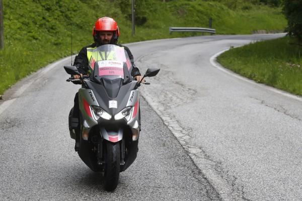 oj giro d'italia 2018 motociclisti