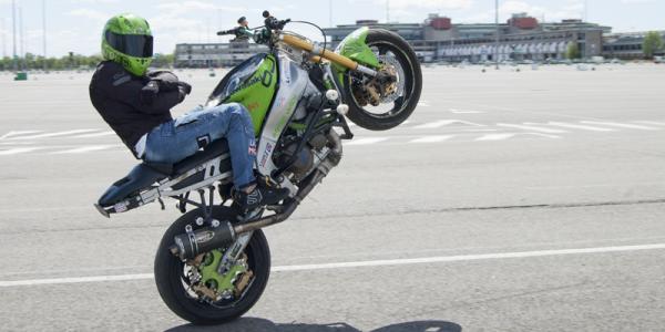 gaetano scirè stuntman moto kawasaki